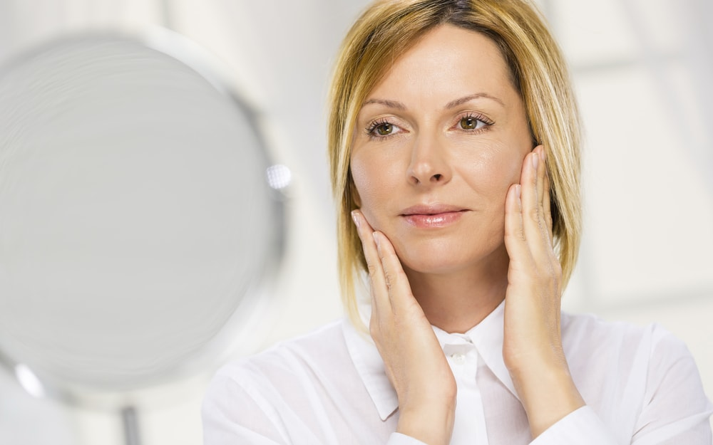 7 Ways to Fight Aging Skin and Maintain a Youthful Complexion
